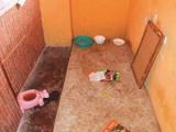 Kamrába zárták, éheztették 11 éves kislányukat a kislétai szülők