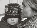 Totális kontroll alatt tartják az átmeneti otthonban élő anyákat