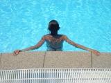 Nem sértett jogot a svájci iskola, amely nem engedélyezte muzulmán diáklányok felmentését a közös úszásoktatásból